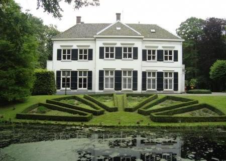 Oude Hof Bergen
